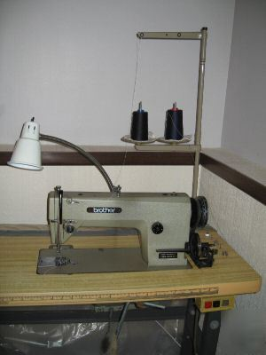 Brother Industrial Sewing Machine W Table Can Deliver