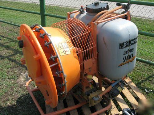 Jacto Arbus 200 Airblast Sprayer Tractor Mount