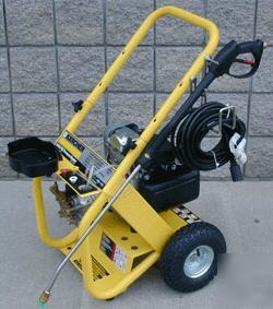 New Karcher 2400 Gas 5 H P Power Honda Pressure Washer